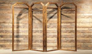 吉秀尔展柜:如何辨别实木展柜?
